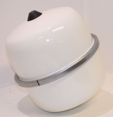 buderus logafix ausdehnungsgef bu ta 12l f trinkwasser 10bar. Black Bedroom Furniture Sets. Home Design Ideas