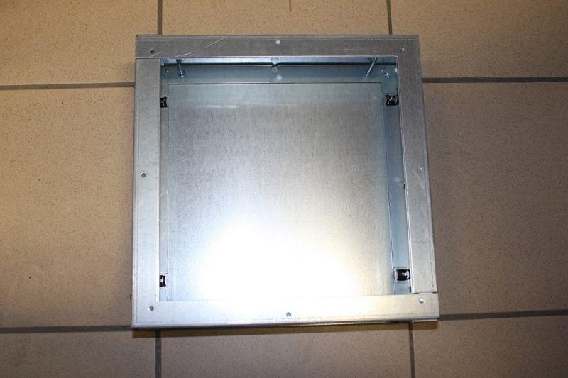 Zehnder Verteiler flat 51 Rahmen mit Deckel 4-fach - 990322041