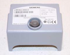 Siemens Digitaler Ölfeuerungsautomat LMO 64.300 C2 Nachfolgemodell für LMO 64.300 B2